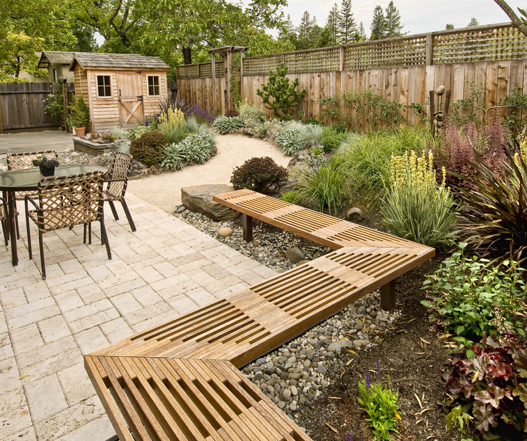 Post image for Landscaping Tasks That Should Be Done Before Selling a Home